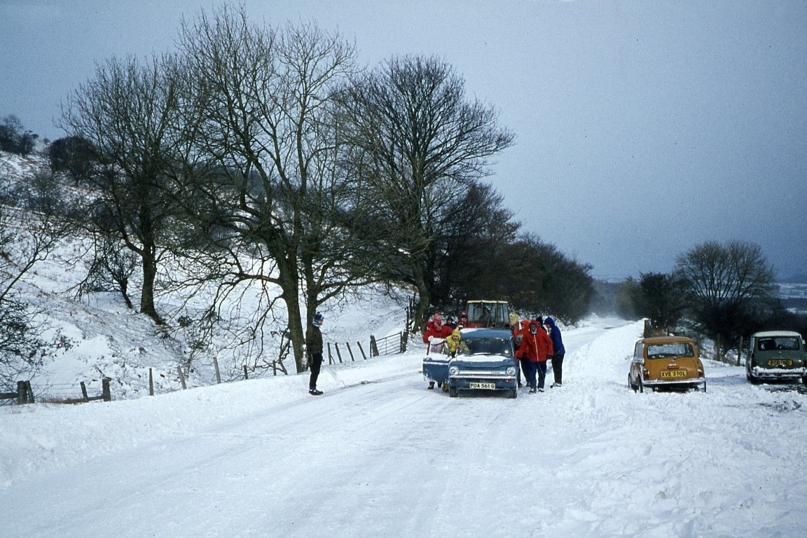 Time to get the cars started on the A470. There is no one else about.